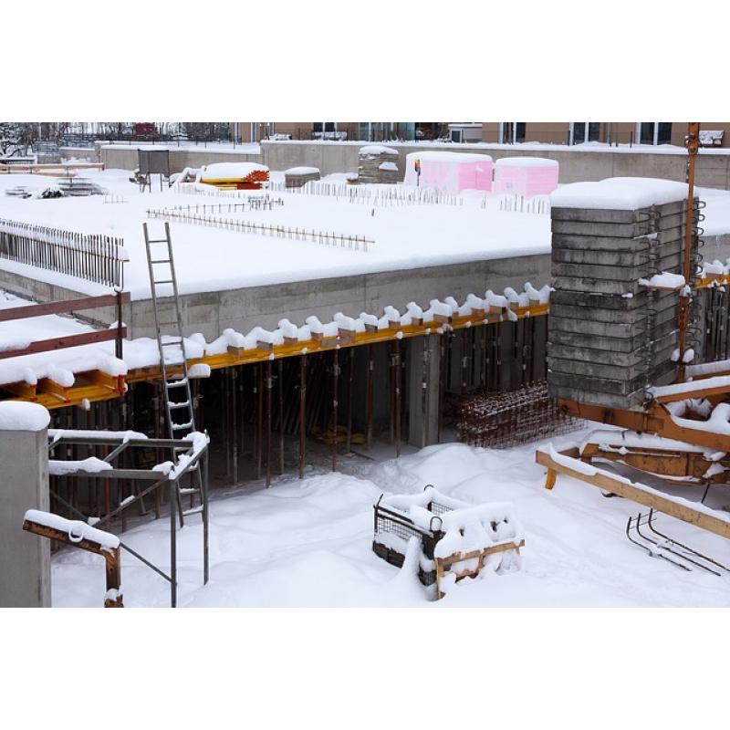 Wykończenie budynku zimą – osuszanie ścian